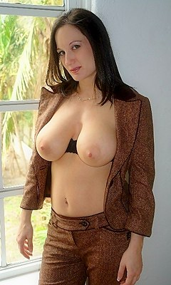 ebony naked nude gifs