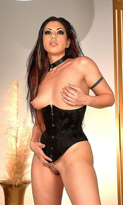 Satine Phoenix lesbo porno