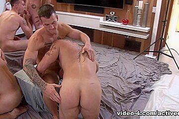 Christmas 2016 - 6-Man Orgy Military Porn Video - ActiveDuty