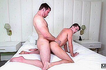 Connor Maguire & Jack Hunter in His Royal Highness Part 2 - Str8ToGay