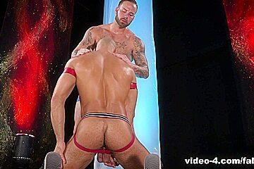 Fire And Ice XXX Video: Sean Zevran & Chris Bines - FalconStudios