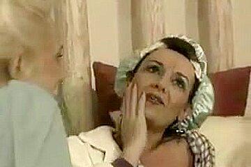 Mature mom seduces son porn