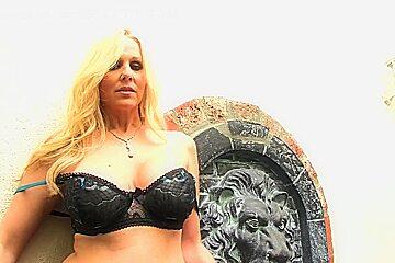 Incredible pornstar Julia Ann in fabulous big tits, cunnilingus xxx scene