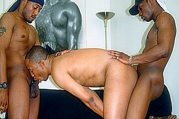 Black Gay Threesome Bareback Anal Fucking