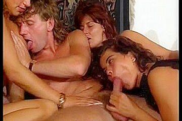 Angelica Bella - Simona Valli - Orgia Stupenda