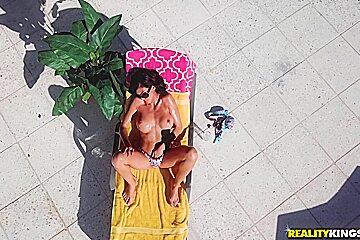 Heather Vahn & Sean Lawless in Milf From Above - MilfHunter