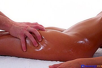 Max Dyor & Suzie Q in Tiny Thai Beauty Covered In Cum - MassageRooms