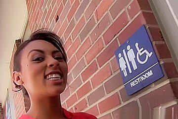 Cherry Hilson - Gloryhole Initiations