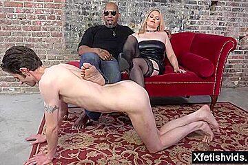 Big tits milf cuckold and cumshot