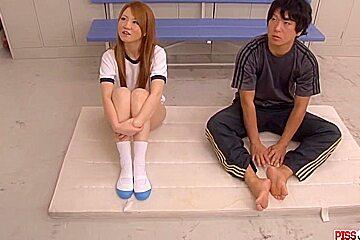 Sakamoto Hikari screams while  - More at Pissjp.com