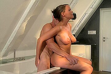 Brunette milf with big tits does professional blowjob