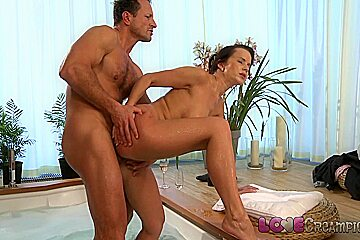 Love Creampie: Busty mom gets cum inside after sexy romantic hot tub romp
