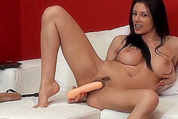 SOFIA CUCCI SQUIRTING SCHOOL-3
