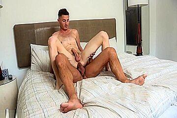Nick Capra bonks twink