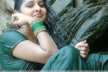 Malayalam Hot Kambi Phone Call Between Lovers Mallu Sex Talk