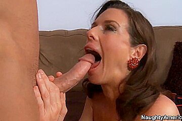 Lusty mom Veronica Avluv bangs younger boy and makes him cum