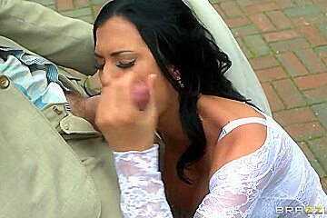 Big Titted Beauty Jasmine Jae Takes A Deep Dicking Outdoors