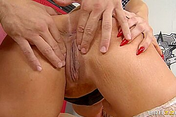 Alura Jenson swallows the huge Ramon's instrument and licks balls