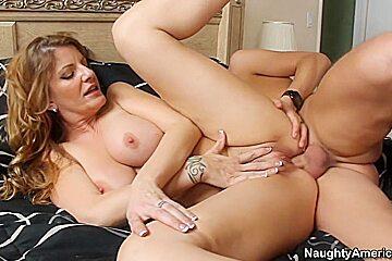 Robbye Bentley & Kris Slater in My Friends Hot Mom