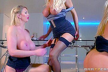 valkoinen anaali porno kuvia