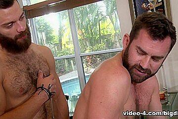 Jake Jennings & Tommy Defendi in Pardon My Garden Video