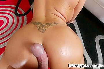 Summer Brielle,Kevin Moore in Crack Fuckers #05, Scene #01