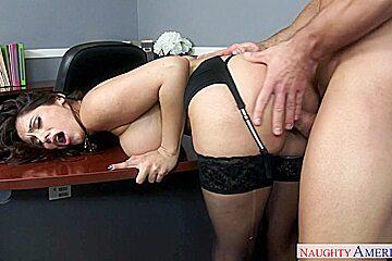 Reena Sky & Johnny Castle in Naughty Office