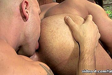 Buck Naked XXX Video: Marcus Ruhl, Angelo