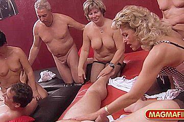German Moms Swingers