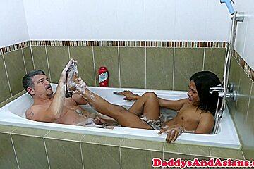 Foot loving dilf barebacking pinoy in bath