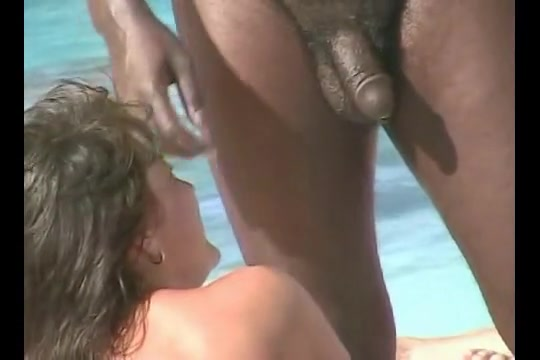 Amazing amateur pussies of nudist beach girls / Upornia.com