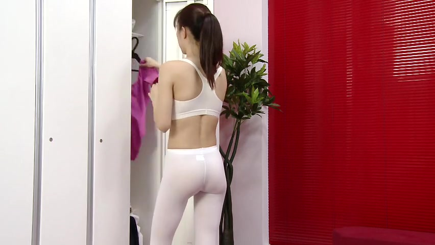 Cute nude tits and pussy of schoolgirl in changing room Funny sexy one liners