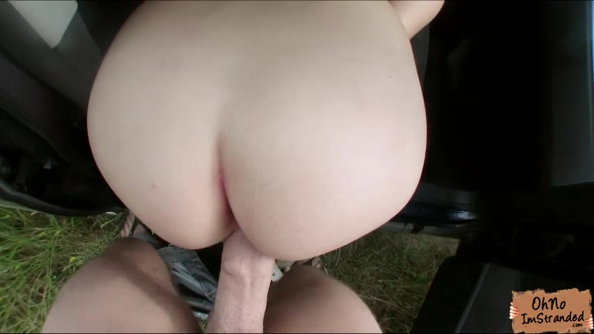 Ravishing girl gets a ride and pays me in a special way
