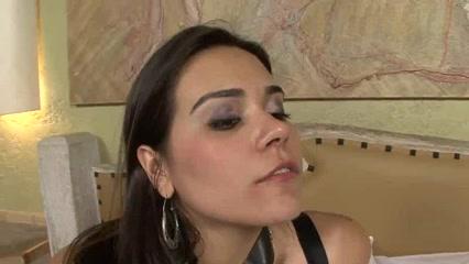 Sexo nakal clit Lesbiyn