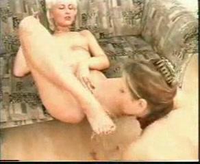 Masturbatian Beach lesbiab pornex