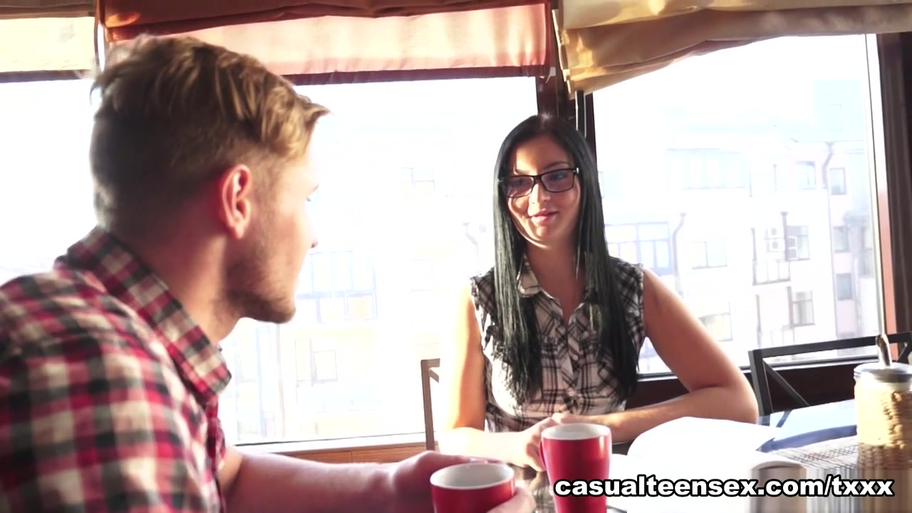 Edward & Alla in Hookup With Sex And A Facial - CasualTeenSex start of anal warts