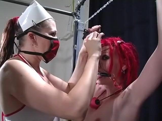 Clip licking Lesbios fuck