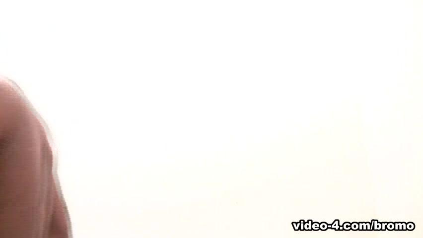 Julio Andrade & Martino Paiva in Black Topped Pizza Boy Scene 2 - Bromo free iphone porn clip