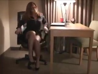 She loves her bbc Barmaid barefoot huge tits