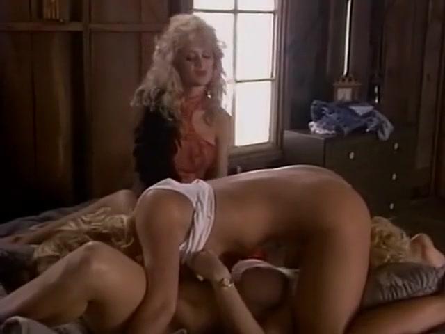Tubs masturbation Lesbo sex