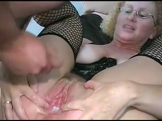 Wide open Vagina Bukkake
