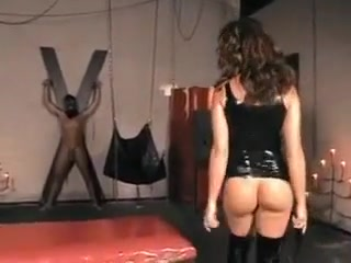 Horny dominatrix in action Needanal Com