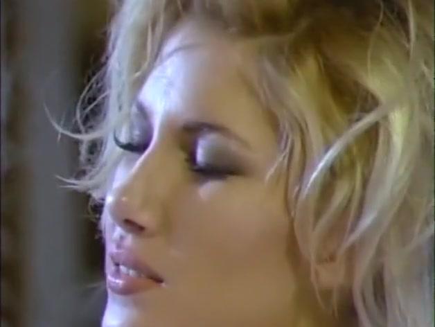 Sex naked lesbiam Italian