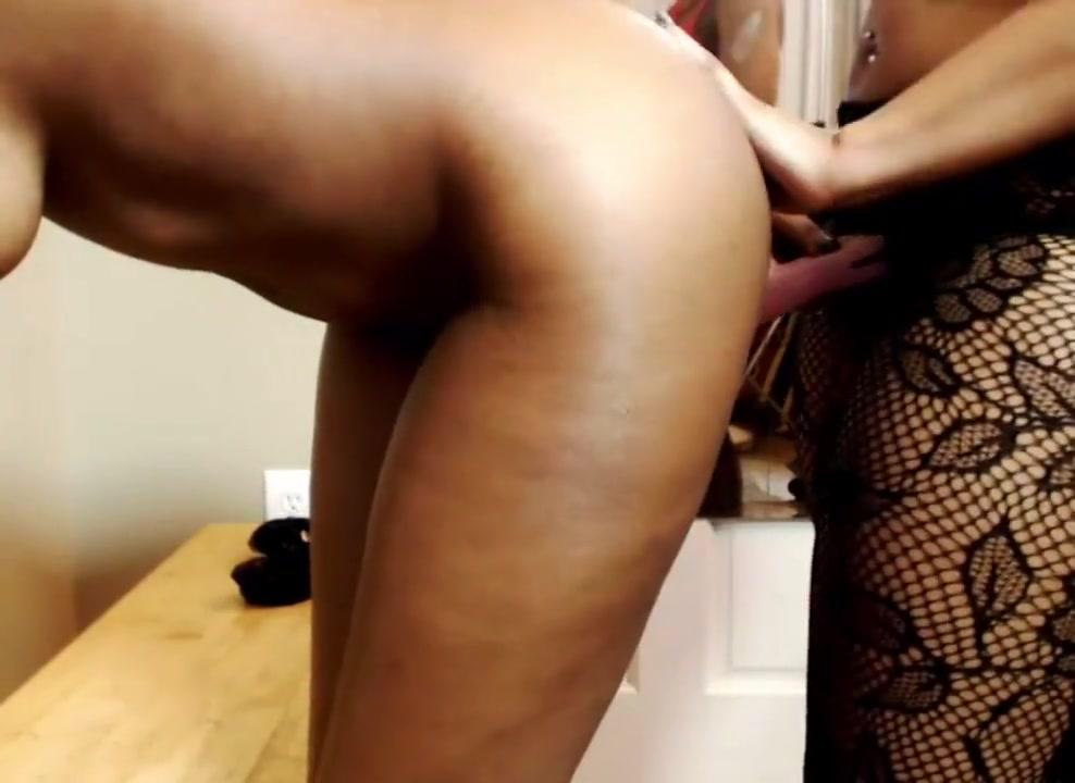 BDSM lesbios horne orgasim