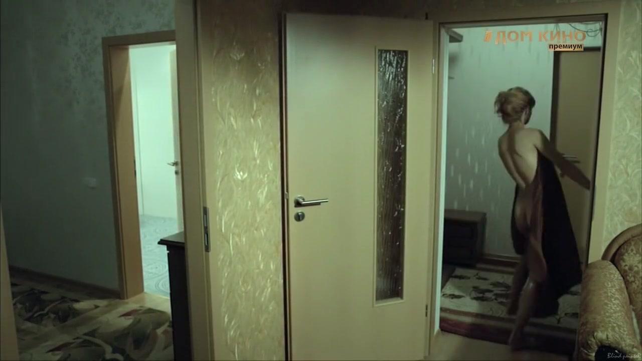 Sindrom Drakona S01E11 (2012) Ekaterina Klimova running performance and masturbation