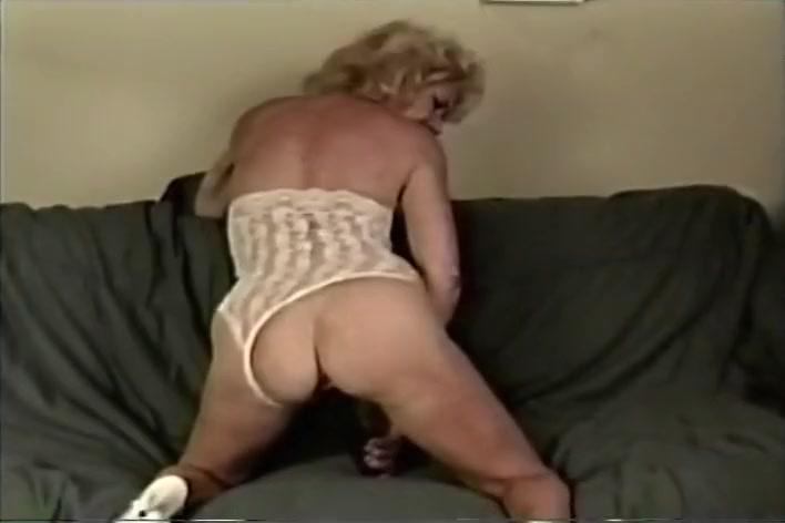 Thick Older Chick Fucking Black Dick Tan vagina clitoris sex