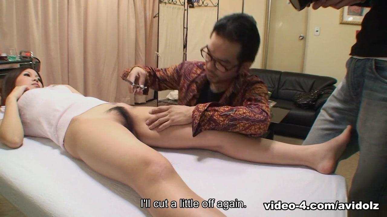 Yuki Kawamoto in Yuki Kawamoto gets treated at a Pussy Hair Removal Salon - AviDolz