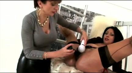 Fuckuf Showed fucks lesbiam