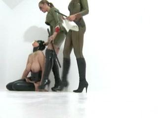 Lady anal Black