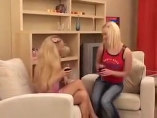 Two blondes and a vibrator hot girl stolen pics